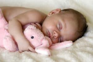 Come aiutare un bimbo ad addormentarsi nel proprio lettino 1 300x200 - Come aiutare un bimbo ad addormentarsi nel proprio lettino