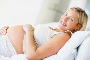 Mamme over 40 300x200 - Donna incinta over 40: difficoltà e consigli