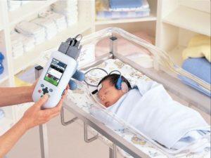 76900 3646953 kNGB U4301010714364654kD 512x384@Corriere Web Sezioni 300x225 - Screening audiologico neonatale: cos'è, a cosa serve, come si esegue