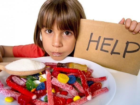 Zucchero: altamente nocivo per i bambini piccoli