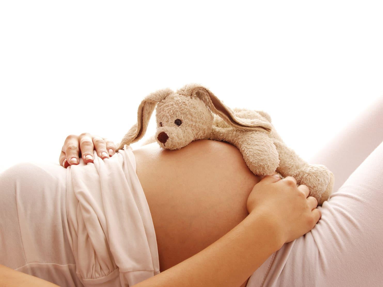Artrite reumatoide in gravidanza: come affrontarla