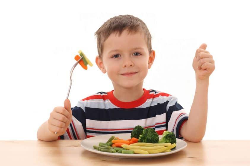 La dieta dei bambini: sotto i 3 anni carenza di fibre