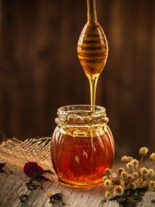honey 1958464 1920 225x300 - Come alleviare i sintomi del morbillo e l'uso della maglia rossa