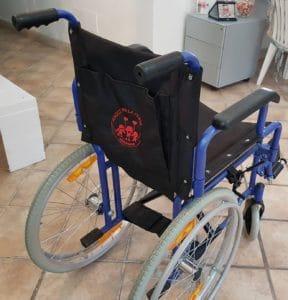 sedia a rotelle amici per la testa 288x300 - Intervista all'Associazione Amici per la Testa