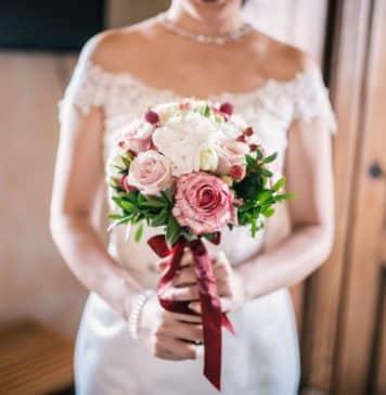 bridal bouquet 3960220 1920 356x364 - Home