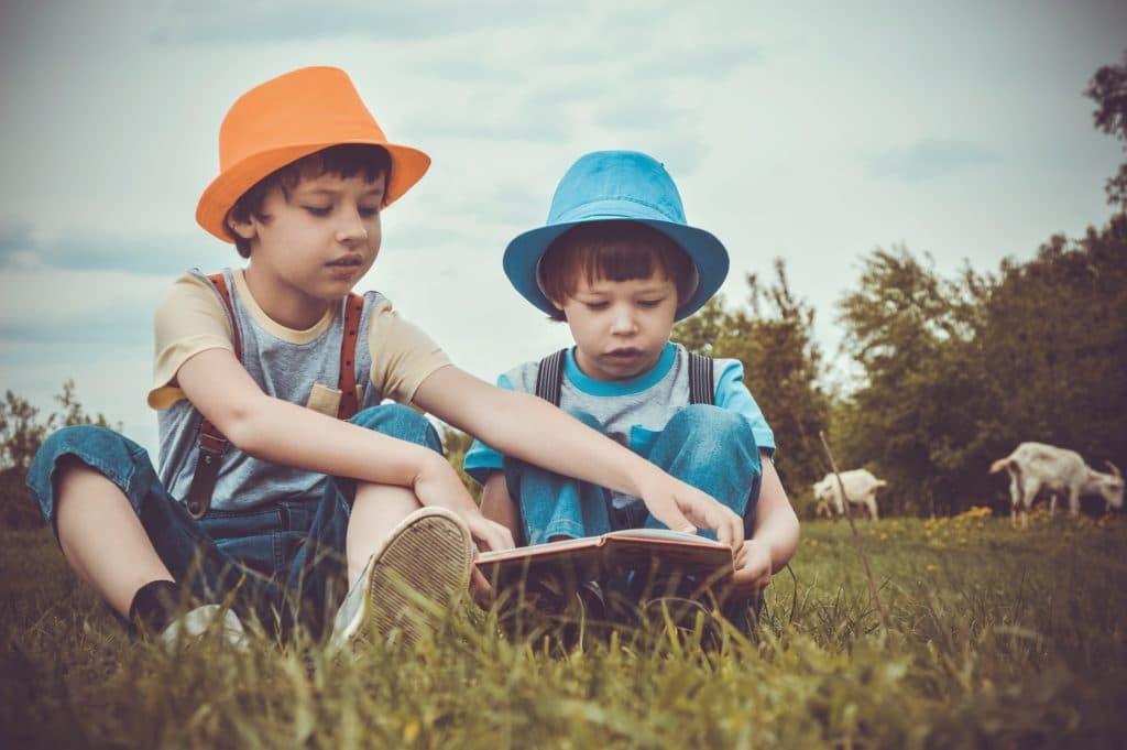 pelle dei bambini in estate