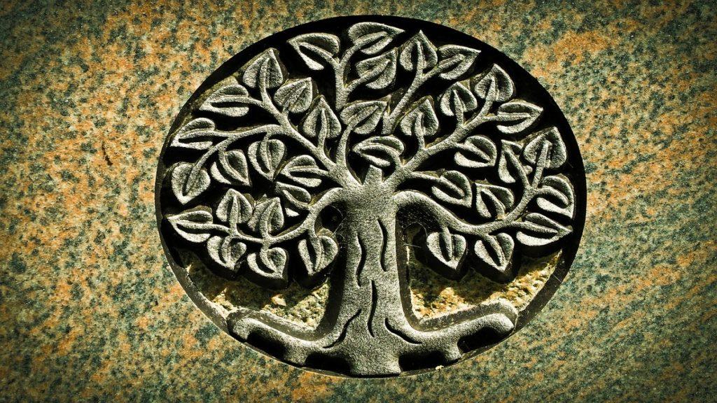 tombstone 1541070 1280 1024x576 - Albero della vita significato