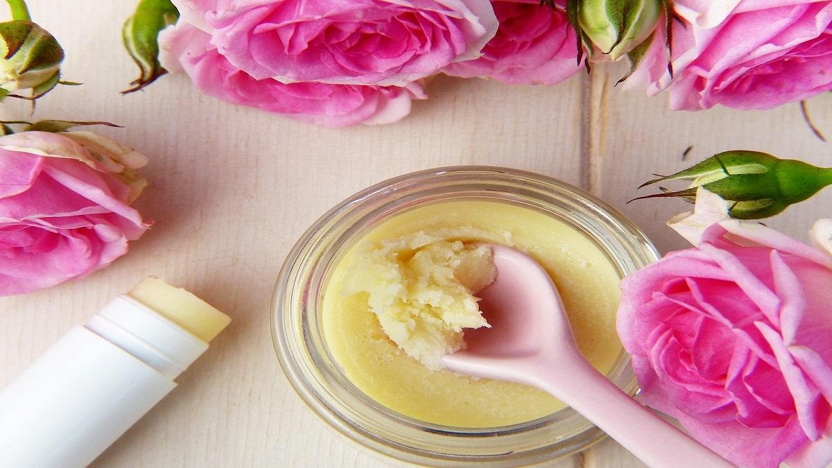 Rose Fai Da Te 3 ricette fai da te per la cura del corpo: scrub al caffè